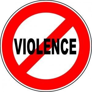 La cât mai multe campanii anti-violenţă în familie!