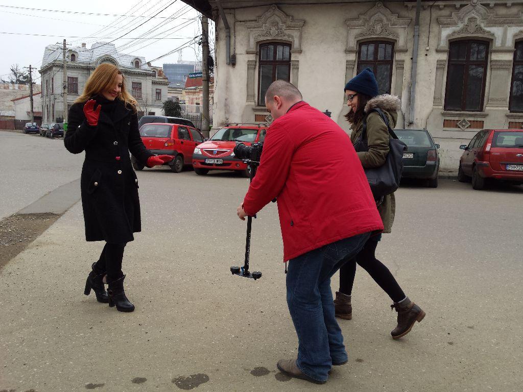 """""""Happy in Ploieşti"""" – între marketing şi viral"""