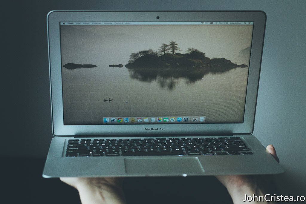 macbook air frontal