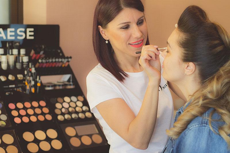 mica mihaela, make up artist ploiesti
